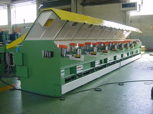 22kw - 110kw High Speed Wire Drawing Machine With Ironed Cast Frame